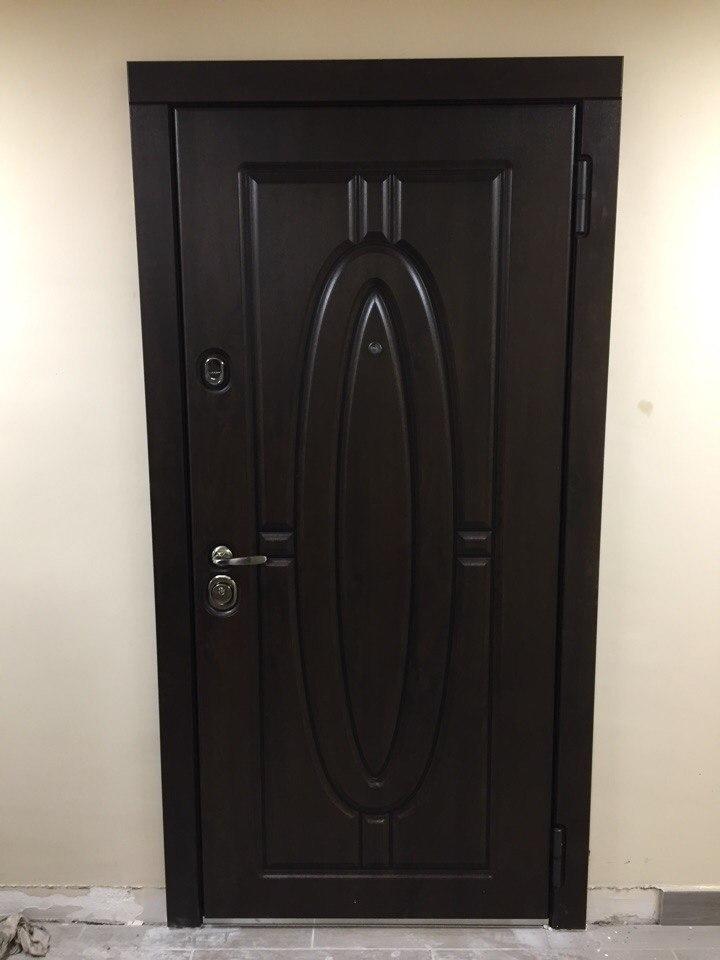 входная дверь Монарх Н-54 стальная линия