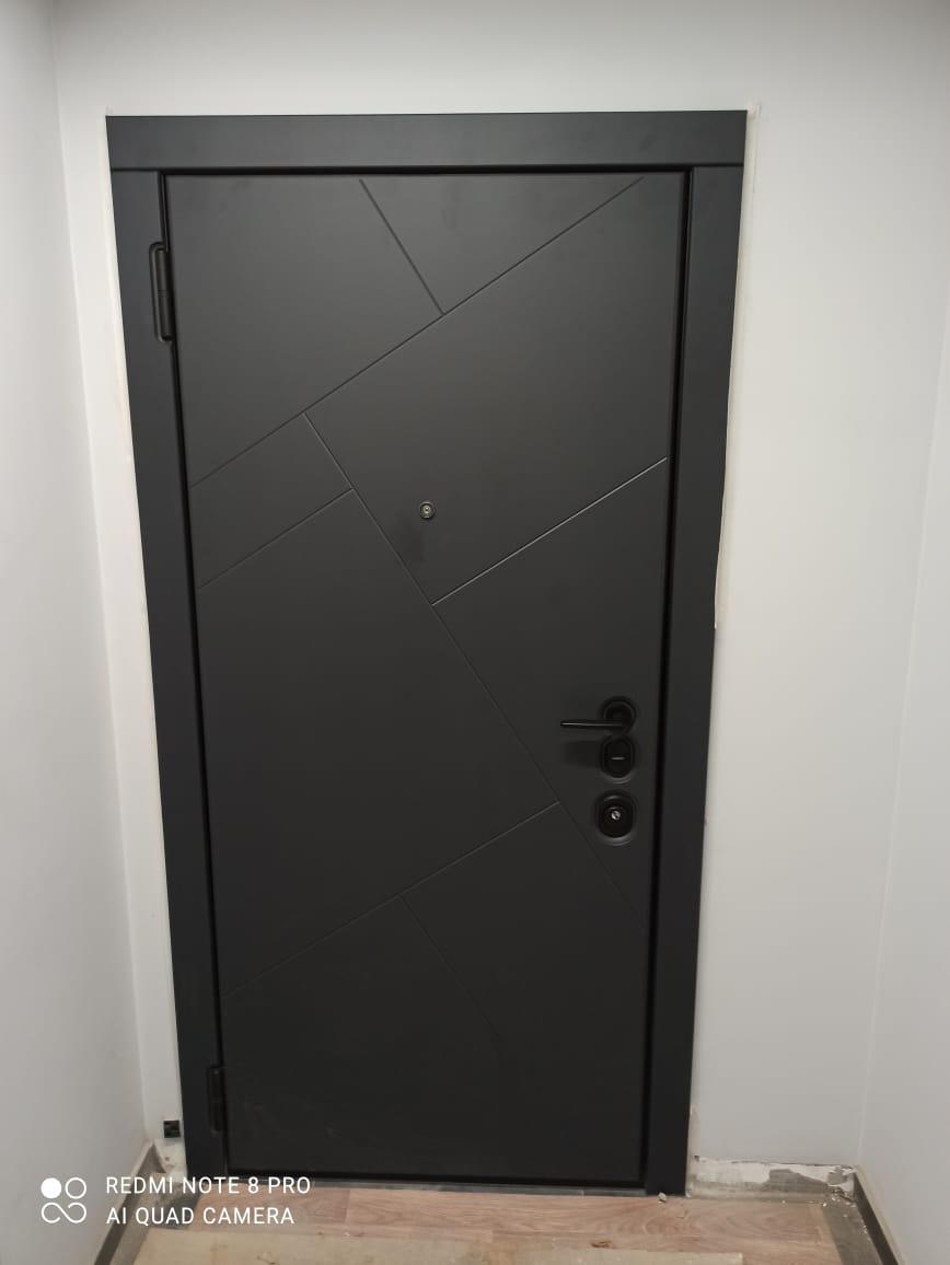 Сидней Softtouch Чёрный кашемир чёрная фурнитура для входных дверей Стальная линия