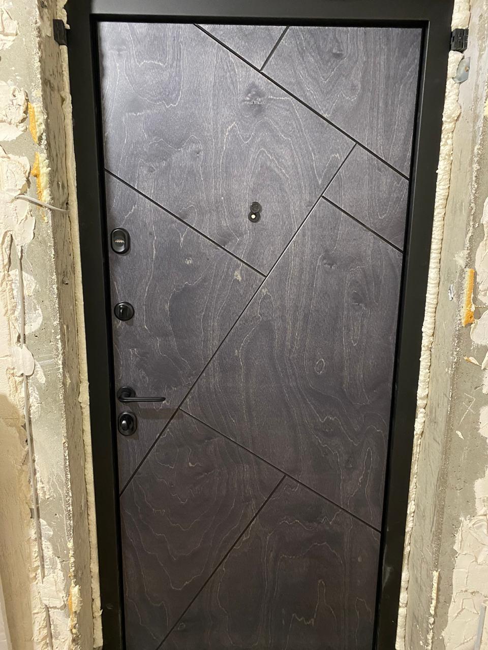 Bjork бьорк натуральный шпон входная дверь стальная линия сидней чёрная фурнитура