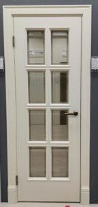 межкомнатная дверь в классическом стиле с багетом со стеклом с фацетом стоп-сол enamel classic 231.3 potential doors