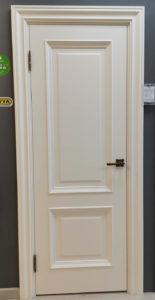 Межкомнатная дверь классического стиля с багетом покрытая эмалью enamel classic 232.2 potential doors