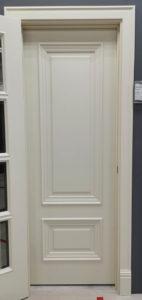 межкомнатная дверь с багетом и низкой филёнкой enamel classic 234.4 potential doors