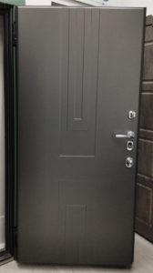 дизайнерская современная входная дверь эмаль чёрно-серая д-6 стальная линия