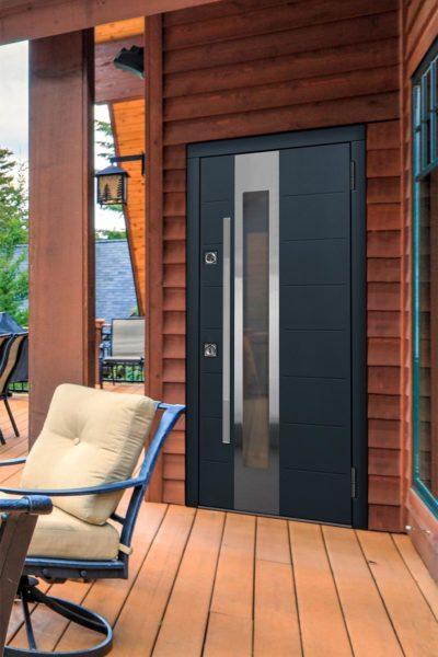 Окно С2 для входных уличных дверей стальная линия