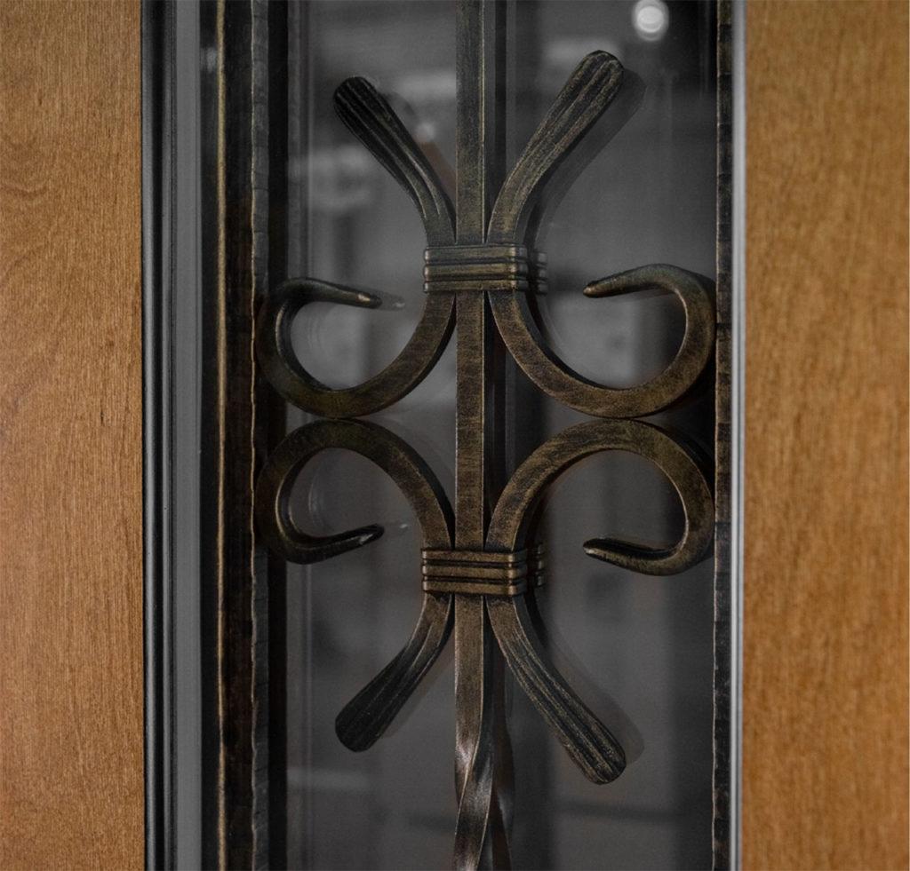 Ковка решётка Е1 внутри стеклопакета стальная линия арабелла е1