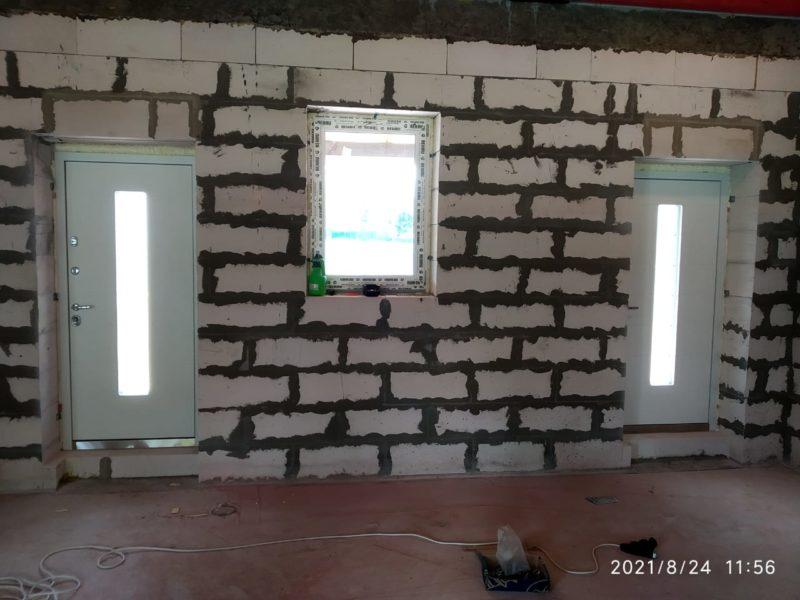 входная дверь с окном и терморазрывом аликанте стальная линия